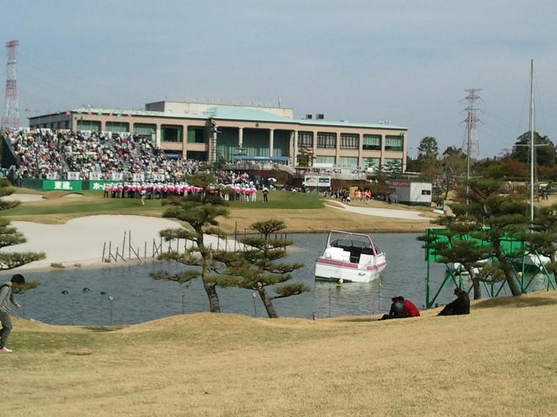 男子ゴルフ開幕