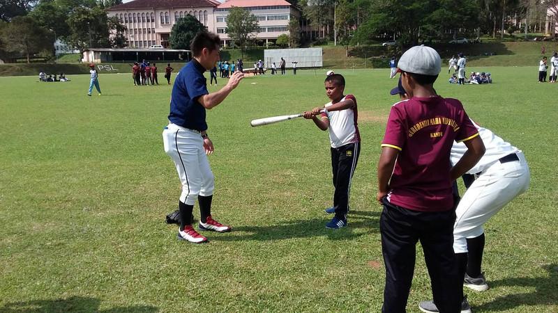 スリランカへ野球指導に⚾️